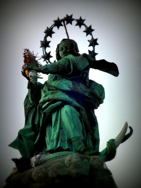 Mary stars